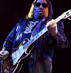 Ace Frehley – 2016-03-02 – 010
