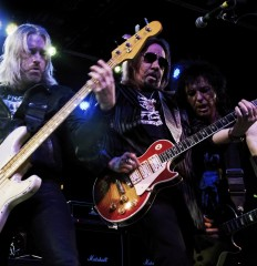 Ace Frehley – 2016-03-02 – 043