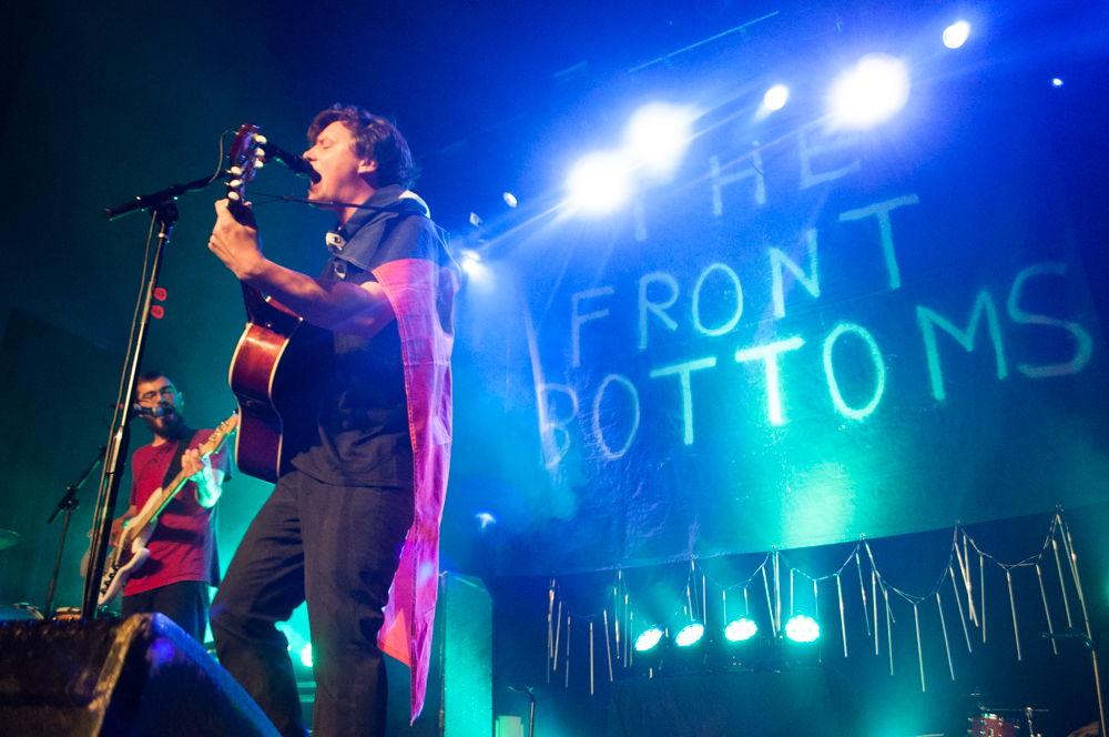 FRONTBOTTOMS652