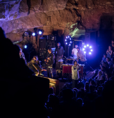 Edward Sharp and the Magnetic Zeros_Cumberland caverns_MGM (11)