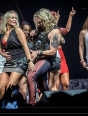 steel_panther_4075