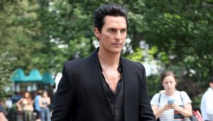dark-tower-movie-actors-matthew-mcconaughey-as-man-in-black-nyc-1024x585