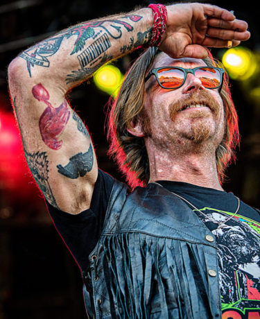 6402_eagles_of_death_metal_LindaCarlson_web