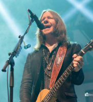 Blackberry Smoke performing at The Tower Theater in Philadelphia, PA Nov. 16, 2017 – 12